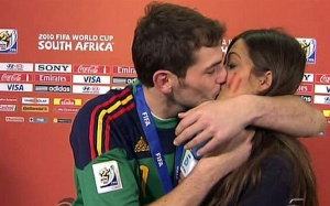casillas_carbonero_bacio