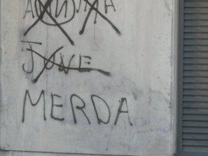 questa scritta si trova all'entrata de L'Estadio da Luz di Lisbona