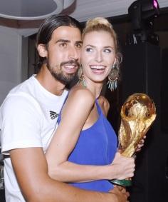 Sami+Khedira+Team+Germany+Celebrates+World+_Ak-SIIdm2Fl