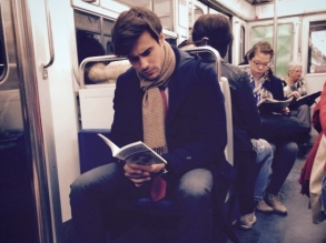 hump-day-hotness-paris-metro-05202015-lead01-600x450