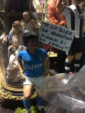 Maradona_presepe